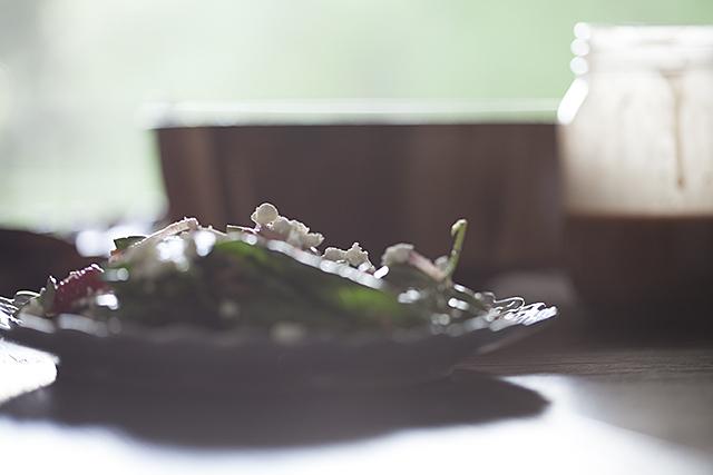 RASPBERRY, GOAT CHEESE SALAD + BERRY OMEGA VINAIGRETTE | Forkin' Healthy
